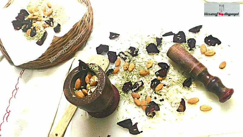 Thandai Masala Powder And Thandi